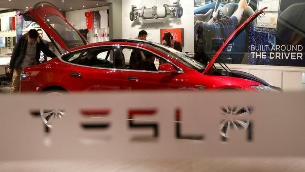Tesla Motors Inc. (TSLA) Receives $249.11 Consensus Target Price from Analysts