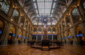 ep interior del palacio de la bolsa donde el ibex 35 ha finalizado la jornada de este lunes con una