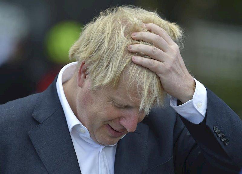 """Boris Johnson recibe oxígeno pero """"no está con respirador"""""""