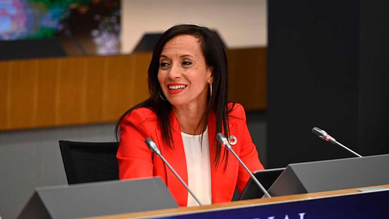 El Gobierno coloca a la exministra Beatriz Corredor como presidenta de Red Eléctrica