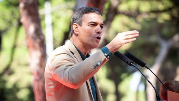 ep el presidente del gobierno en funciones pedro sanchez interviene en el acto politico de la fiesta