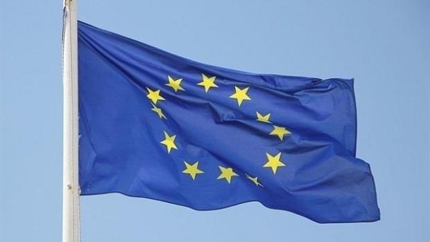 Europa pide multar a España con 186.000 euros diarios por incumplir normas de contratación pública
