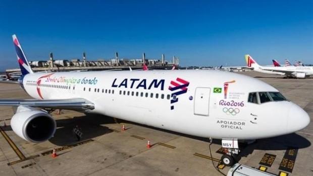ep avionlatam airlines