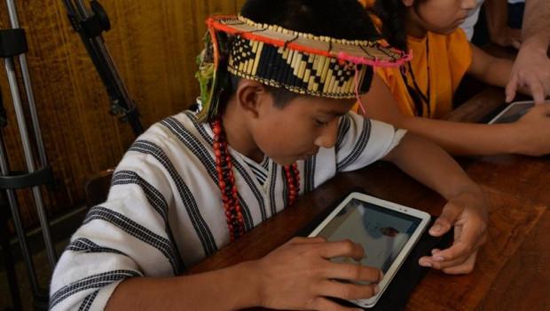 ep unolos ninos beneficiadosprograma profuturo realiza actividades educativasuna tablet
