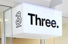 three 3 mobile uk store cellphone