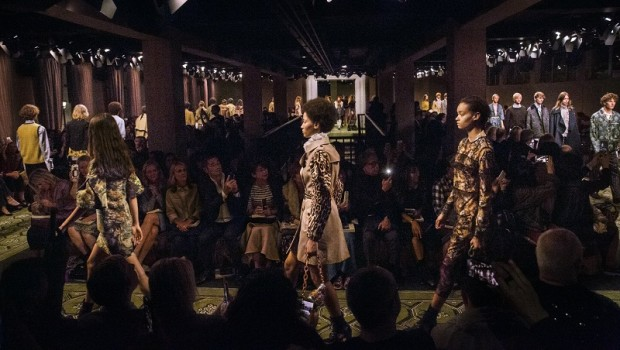 burberry 16 fashion couture