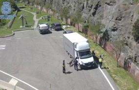 ep controlla policia nacionalun camion