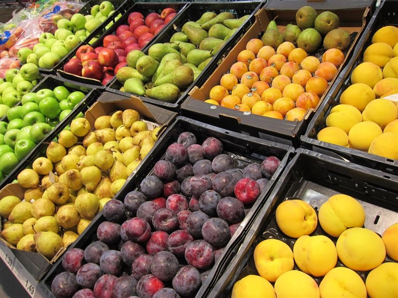 https://img4.s3wfg.com/web/img/images_uploaded/7/4/ep_manzanas_peras_ciruelas_melocotones_fruta_supermercado_consumo_ipc_20190813135903.jpg
