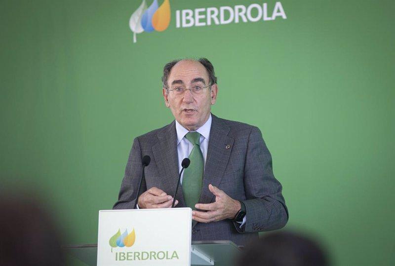 https://img4.s3wfg.com/web/img/images_uploaded/7/b/ep_archivo_-_el_presidente_de_iberdrola_ignacio_sanchez_galan_durante_su_intervencion_en_la.jpg