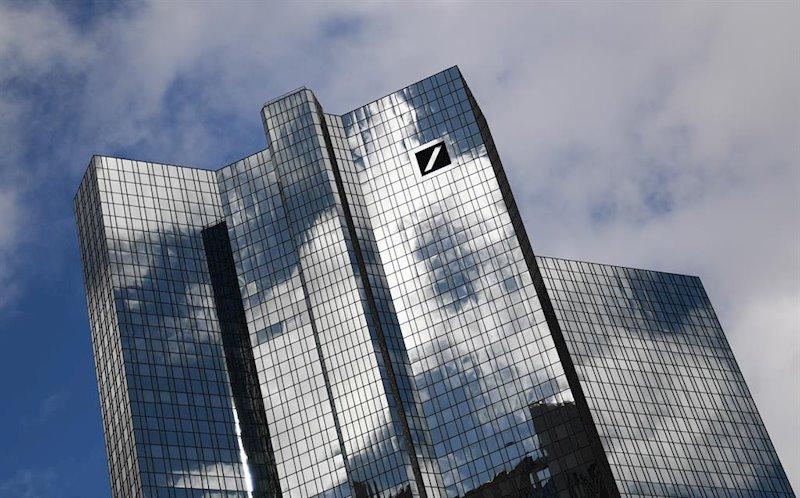 Deutsche Bank vuelve a beneficios en el tercer trimestre y supera expectativas