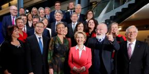 la-commission-presidee-par-von-der-leyen-a-ete-approuvee-le-27-novembre-2019
