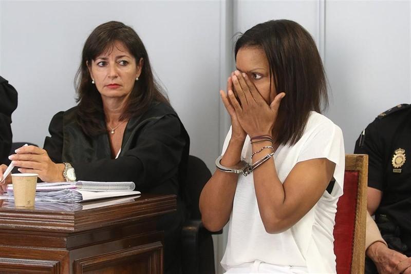 ep ana julia se echa a llorar en el arranque del juicio con jurado
