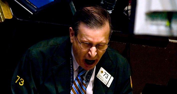 Un 'bróker' muestra su desesperación en Wall Street