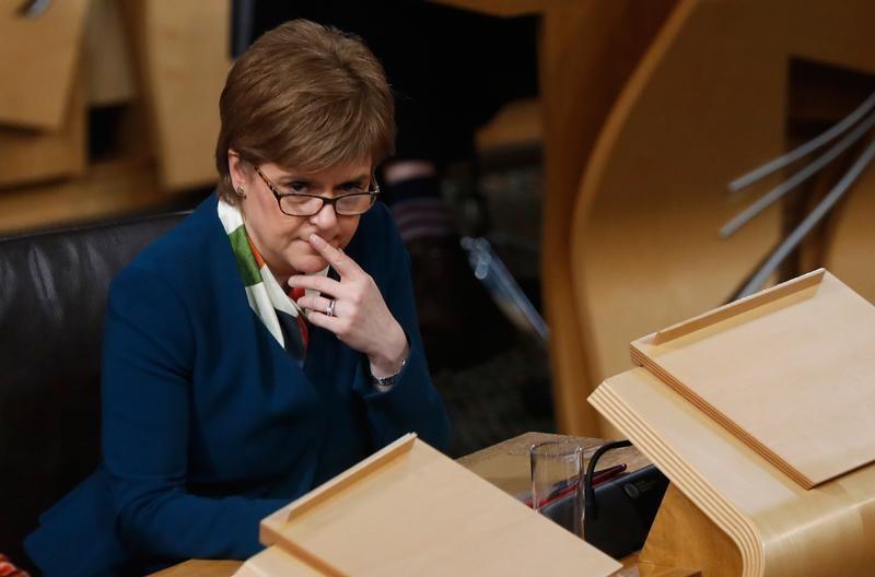 sturgeon-evoque-referendum-en-ecosse-a-l-automne-2018