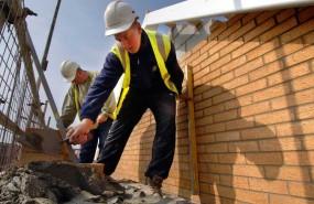 builder housebuilding bricklayers persimmon