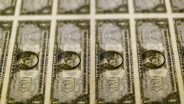 Dollar remains weaker after Fed raises United States  rates to 1.5%