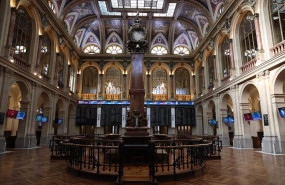 ep archivo   interior del palacio de la bolsa ibex 35 de la bolsa de madrid