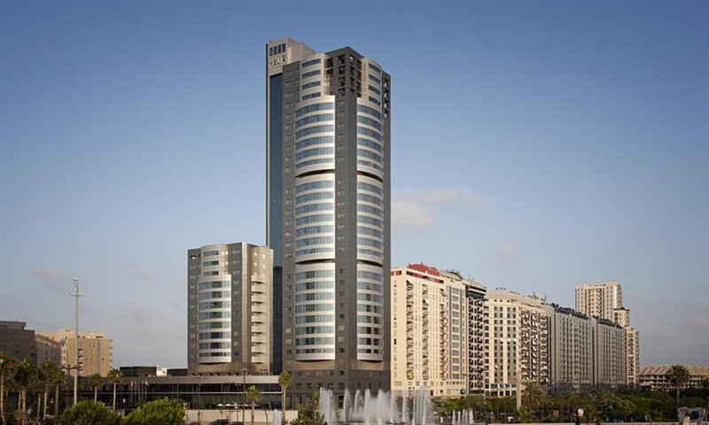 Meliá Hotels está dando forma a un cabeza y hombros invertido
