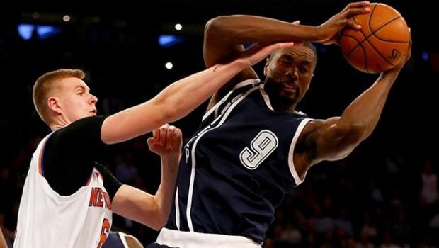 Nowitzki, Doncic y los Mavs aplastan a los Knicks