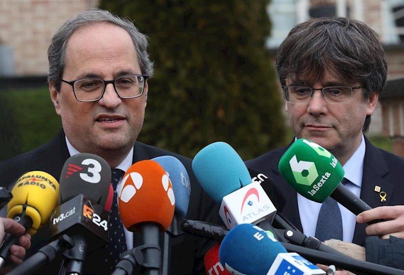 Puigdemont y Torra presiden una reunión de JxCat en Bruselas (Bélgica)