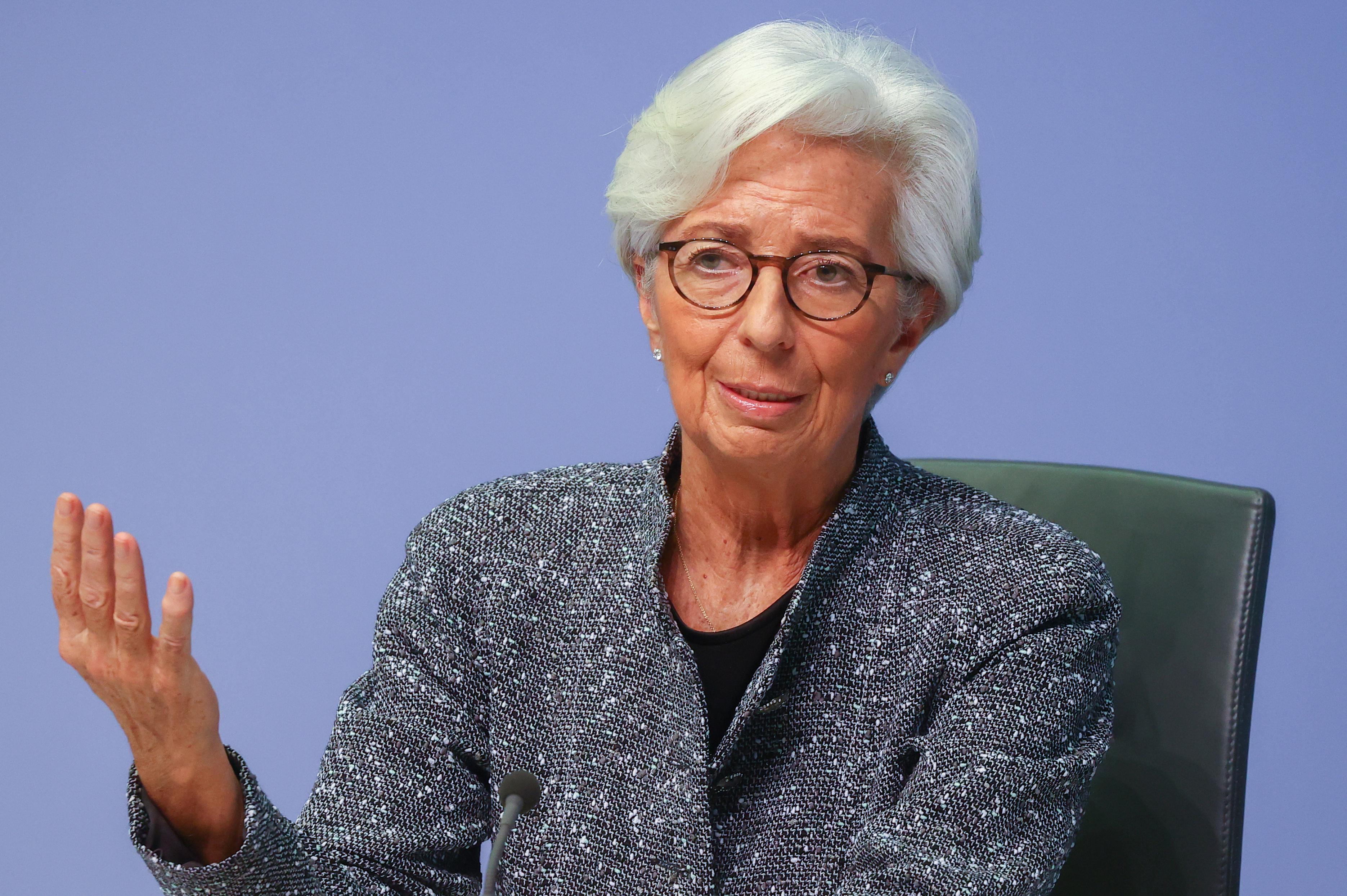lagarde-bce-salue-un-plan-franco-allemand-ambitieux-insiste-sur-la-symetrie-entre-les-pays